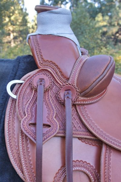 Corner Stamped Wade Saddle 05_resize